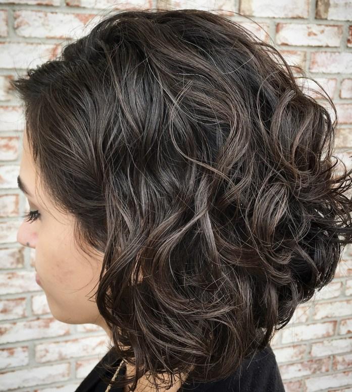 Thêm một chút đầm tính cho khi để kiểu tóc này