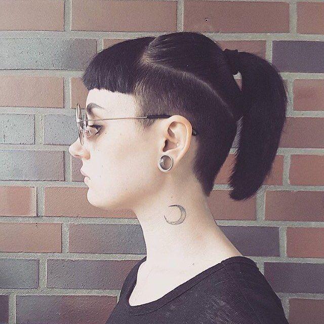 Kiểu tóc undercuts này pha lẫn những sự cổ điển và sành điệu