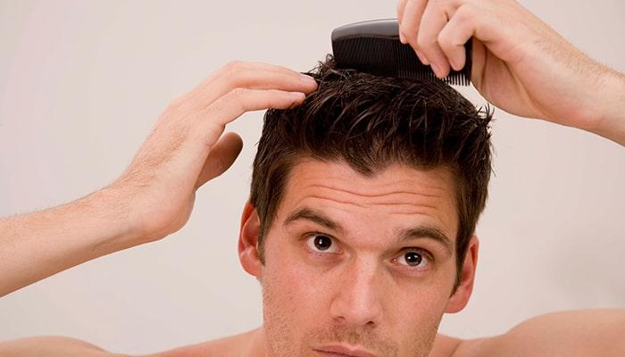 Gel vuốt tóc khiến tóc khô xơ hơn nếu sử dụng quá nhiều