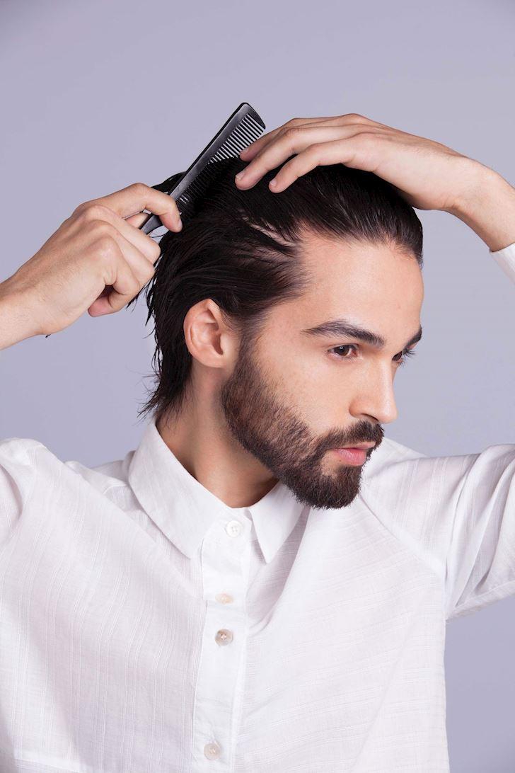 Nam giới sở hữu số đông sử dụng gel vuốt tóc thường xuyên