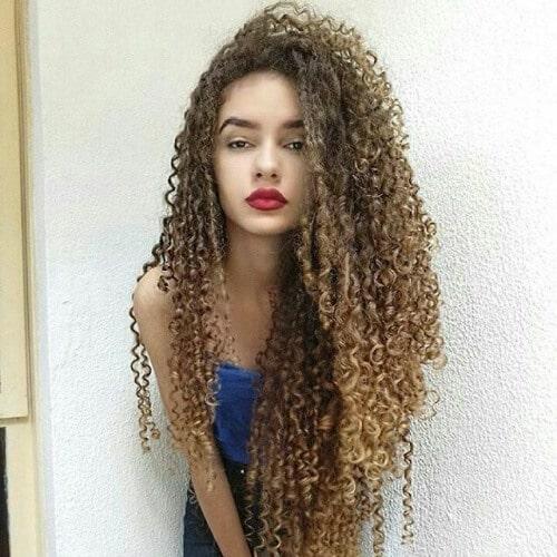 Cá tính và thu hút với kiểu tóc uốn Ringlet
