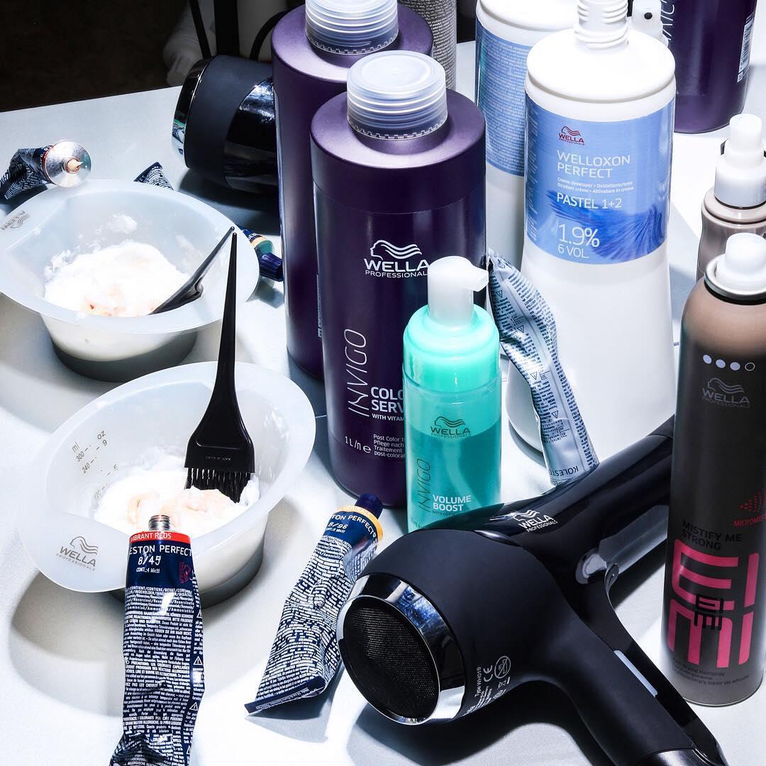 Hãy chuẩn bị tất cả các dụng cụ để quá trình nhuộm tóc suôn sẻ hơn tại nhà