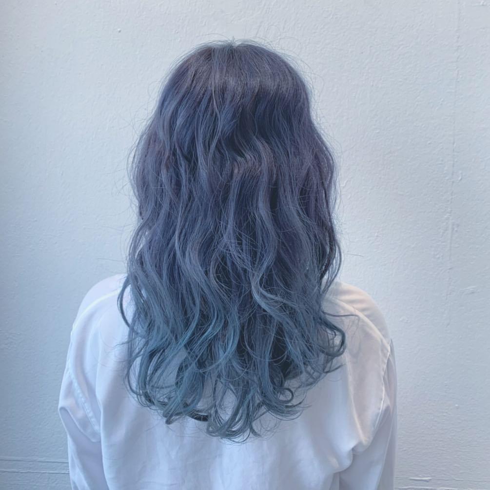 Độc đáo và quyến rũ với màu xám xanh